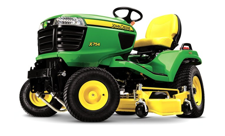 John Deere X700 - King of the Neighborhood